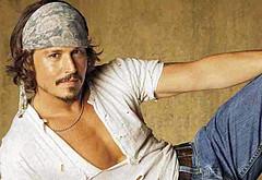 Johnny Depp shirtless