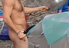 Jake Gyllenhaal frontal nude