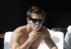 Jake Gyllenhaal jerk off penis nude