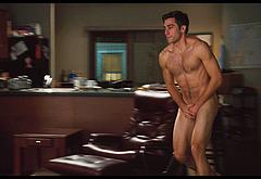 Jake Gyllenhaal frontal nude video