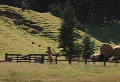 Hugh Jackman nude outdoors pics