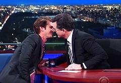 Andrew Garfield gay sex kiss