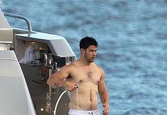 Nick Jonas dick exposed