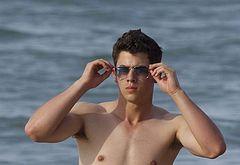 Nick Jonas nude beach pics