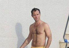 Jude Law sexy