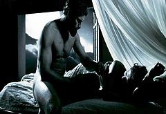 Gerard Butler all nude