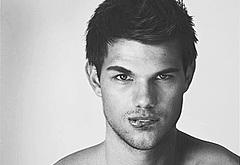 Taylor Lautner gay nude sex