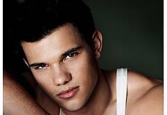 Taylor Lautner nude male celebs