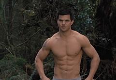 Taylor Lautner bulge