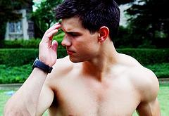 Taylor Lautner jerk off