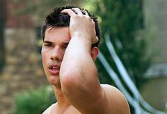 Taylor Lautner oops
