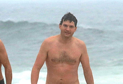 Ashton Kutcher bulge