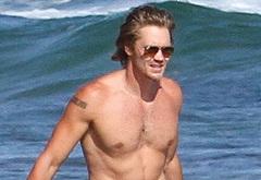 Chad Michael Murray sexy beach