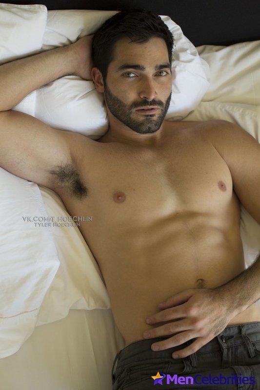 Naked tyler hoechlin Tyler Hoechlin