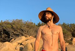 Jared Leto nude ass