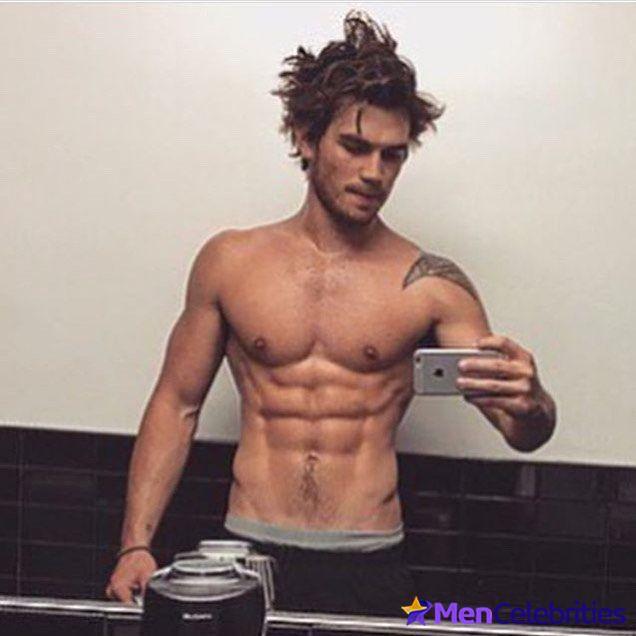 KJ Apa Nude Selfie Video & Sexy Shirtless Scenes - Men