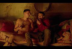 Nicholas Hoult gay sex