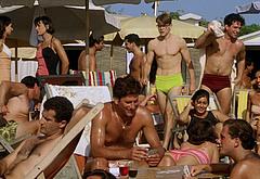 Matt Damon nude beach pics