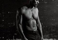 Idris Elba bulge