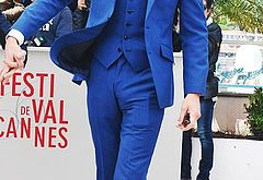 Tom Hiddleston huge bulge