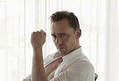 Tom Hiddleston hot