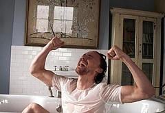 Tom Hiddleston jerk off