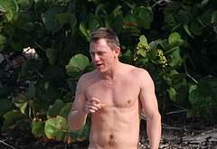 Daniel Craig bulge