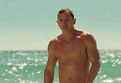 Daniel Craig shirtless scenes