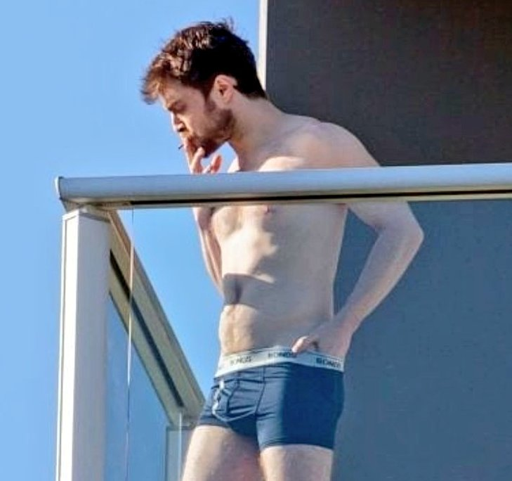 Daniel Radcliffe naked paparazzi