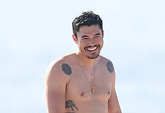 Henry Golding nudes