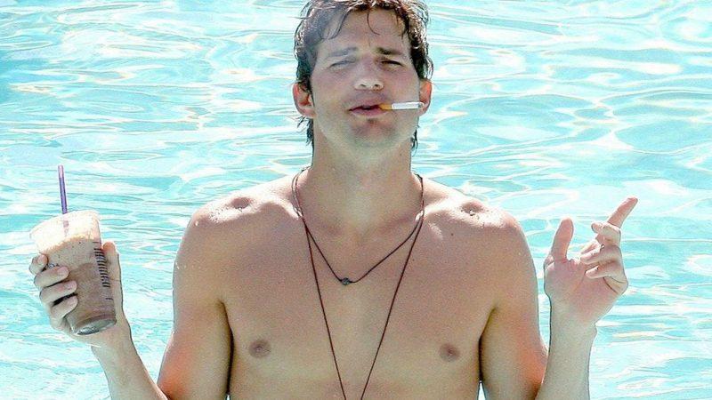 Ashton Kutcher Nude Uncensored Sex Scenes & Penis Photos