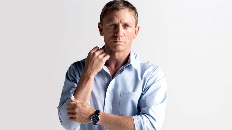 Daniel Craig Nude Cut Penis & Hot Sex Scenes