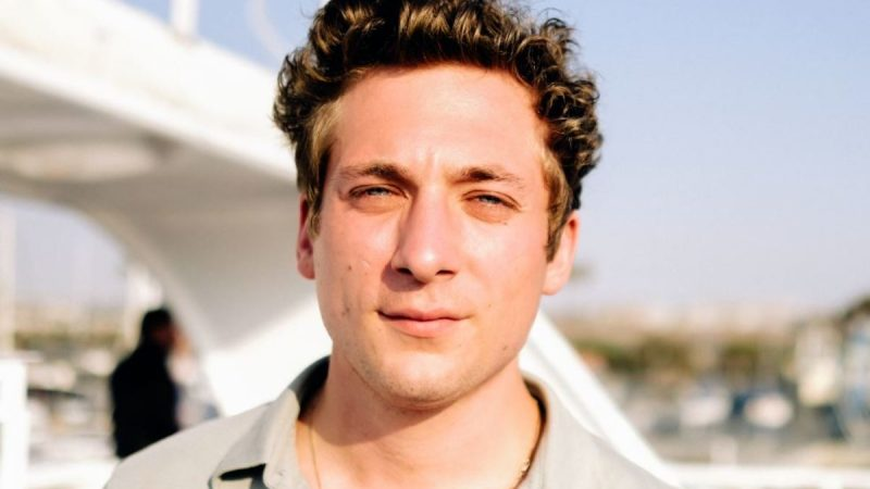 Jeremy Allen White Naked And Hot Sex In Movies