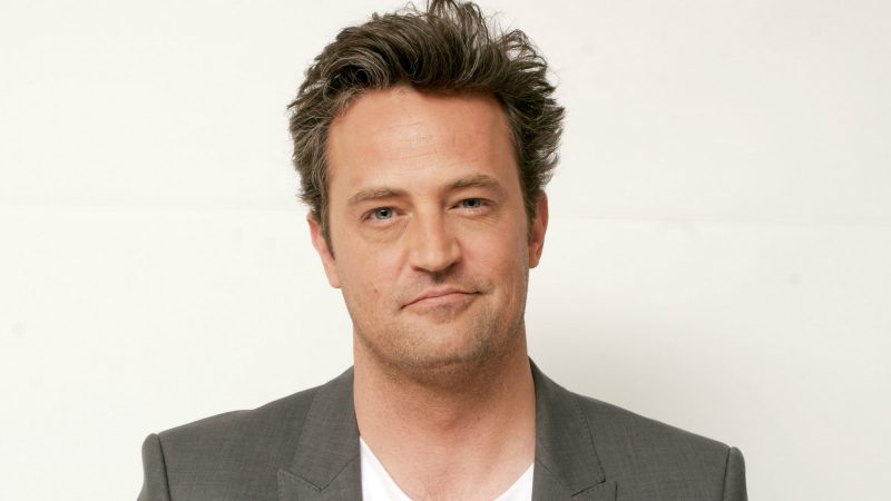 Matthew Perry Shirtless And Sexy Photos & Videos