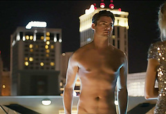 Karl Urban frontal nude