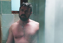 Karl Urban naked in shower