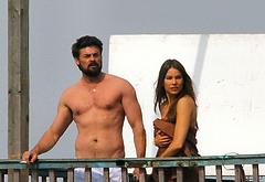 Karl Urban shirtless pics
