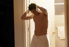Sean Faris frontal nude scenes