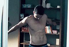 Sean Faris shirtless gay nudes
