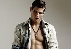 Sean Faris shirtless