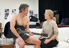 Timothy Olyphant frontal nude photos
