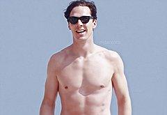Benedict Cumberbatch nude beach pics
