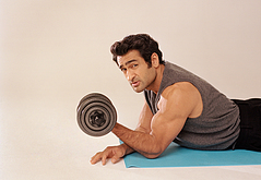 Kumail Nanjiani workout sexy