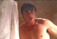 Tom Welling nude movie scenes