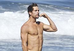 Ryan Kwanten shirtless beach photos