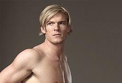 Alan Ritchson nudity