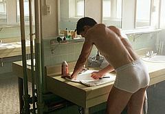 Tom Cruise nude movie scenes