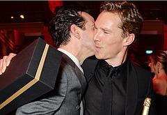 Andrew Scott gay kiss