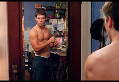 Tobey Maguire hot movie scenes
