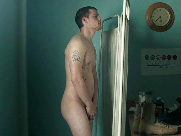Lucas Hedges nude movie scenes